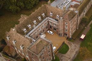 Bishop's_Palace,_Ely