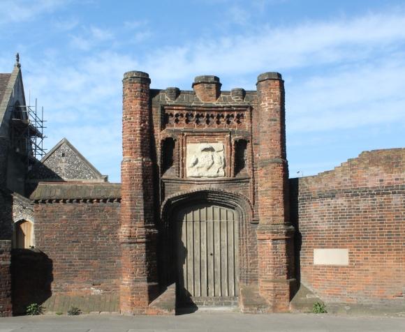 wolseys-gate-1